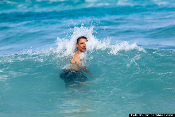 obama swimming photo
