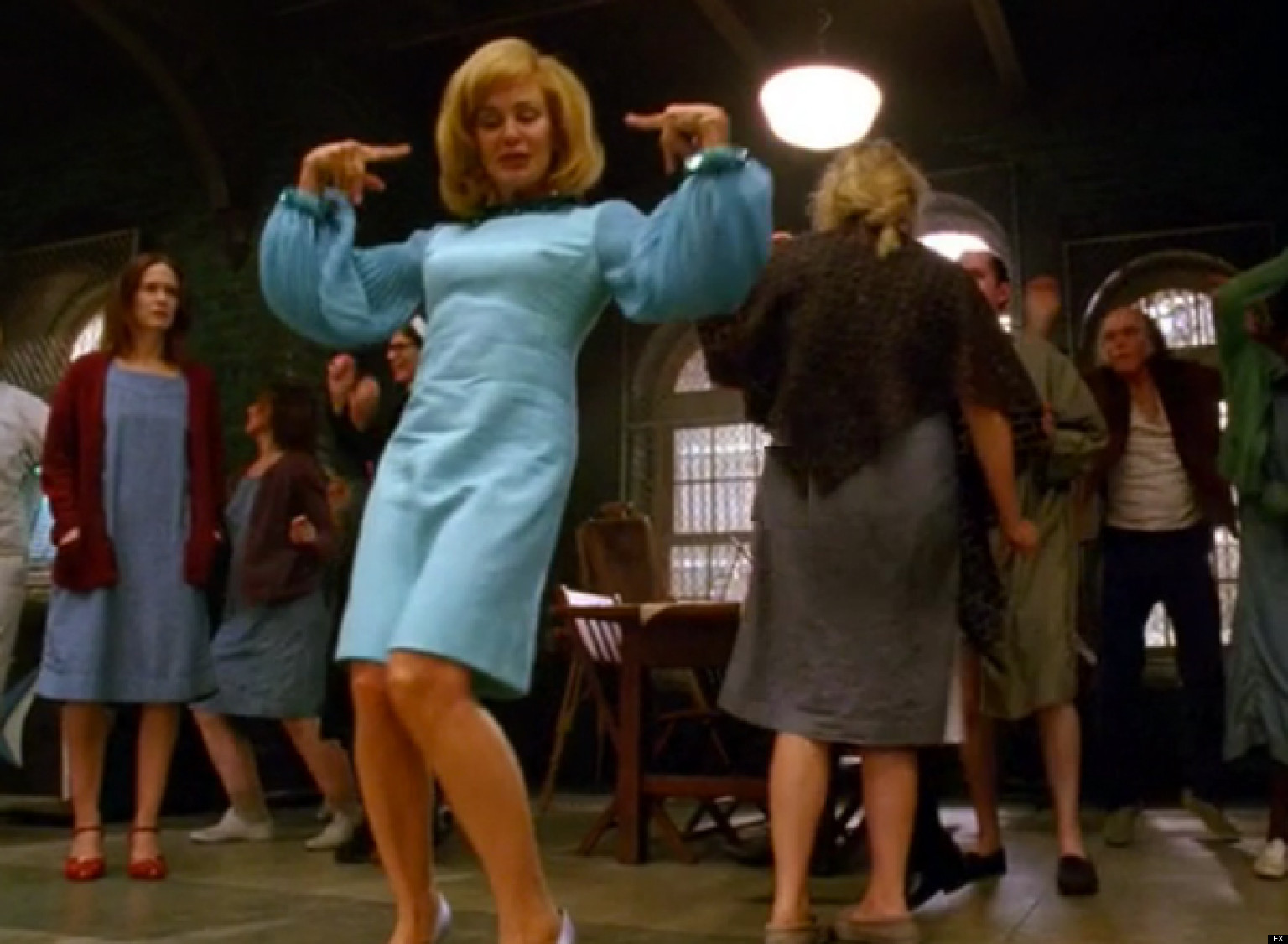 jessica lange sings the name game american horror