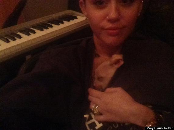 miley cyrus secretly married