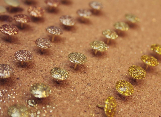 glitter thumbtacks