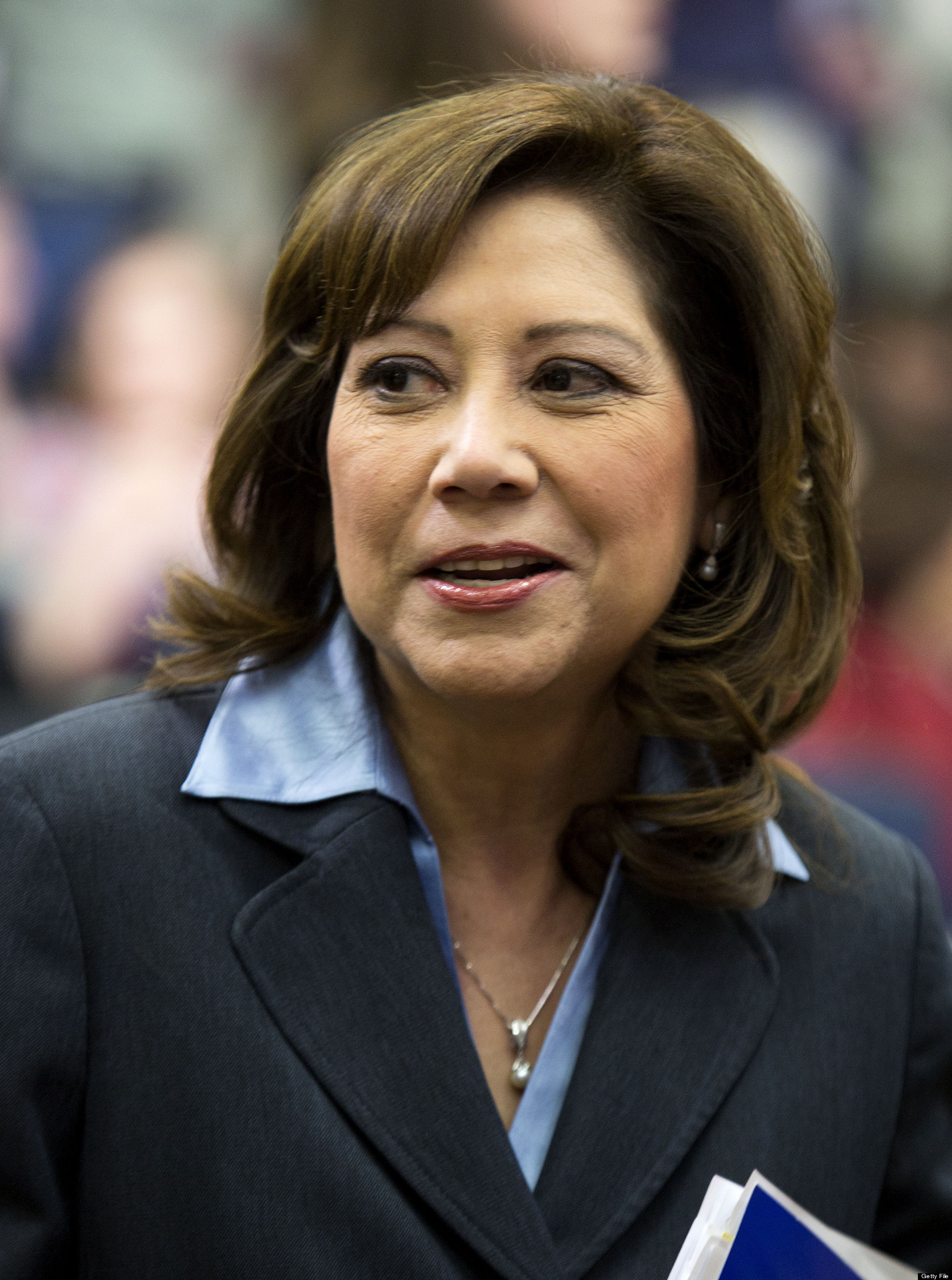 Hilda Solis Resigns Labor Secretary Announces She Ll
