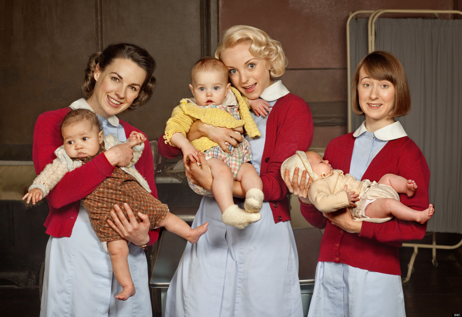 Résultat d'images pour call the midwife with baby