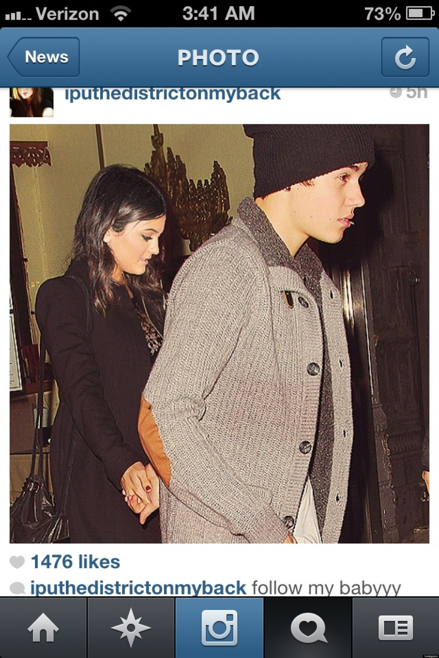 is justin bieber dating 2013