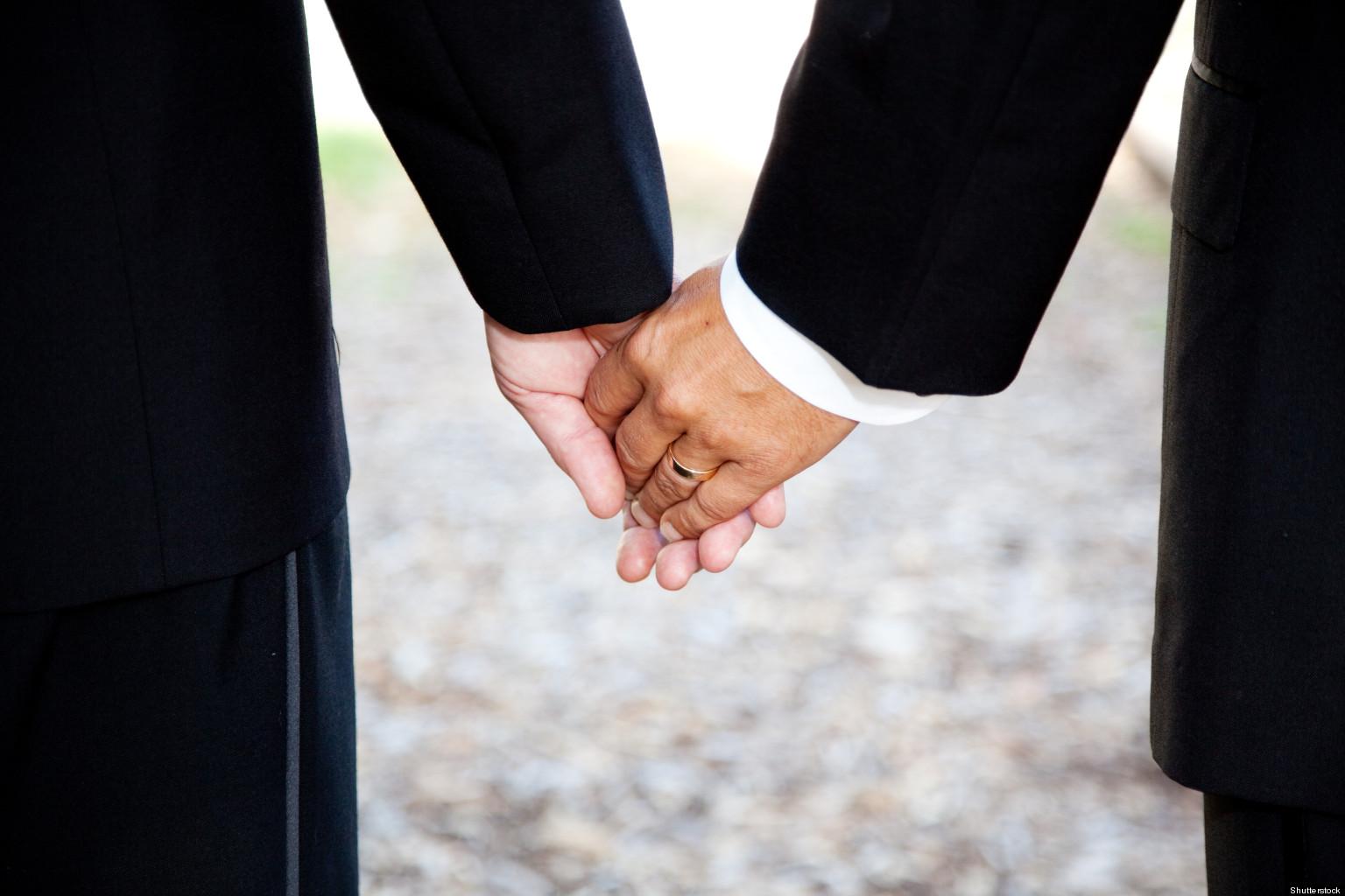 Руки у гомосексуалистов 12 фотография