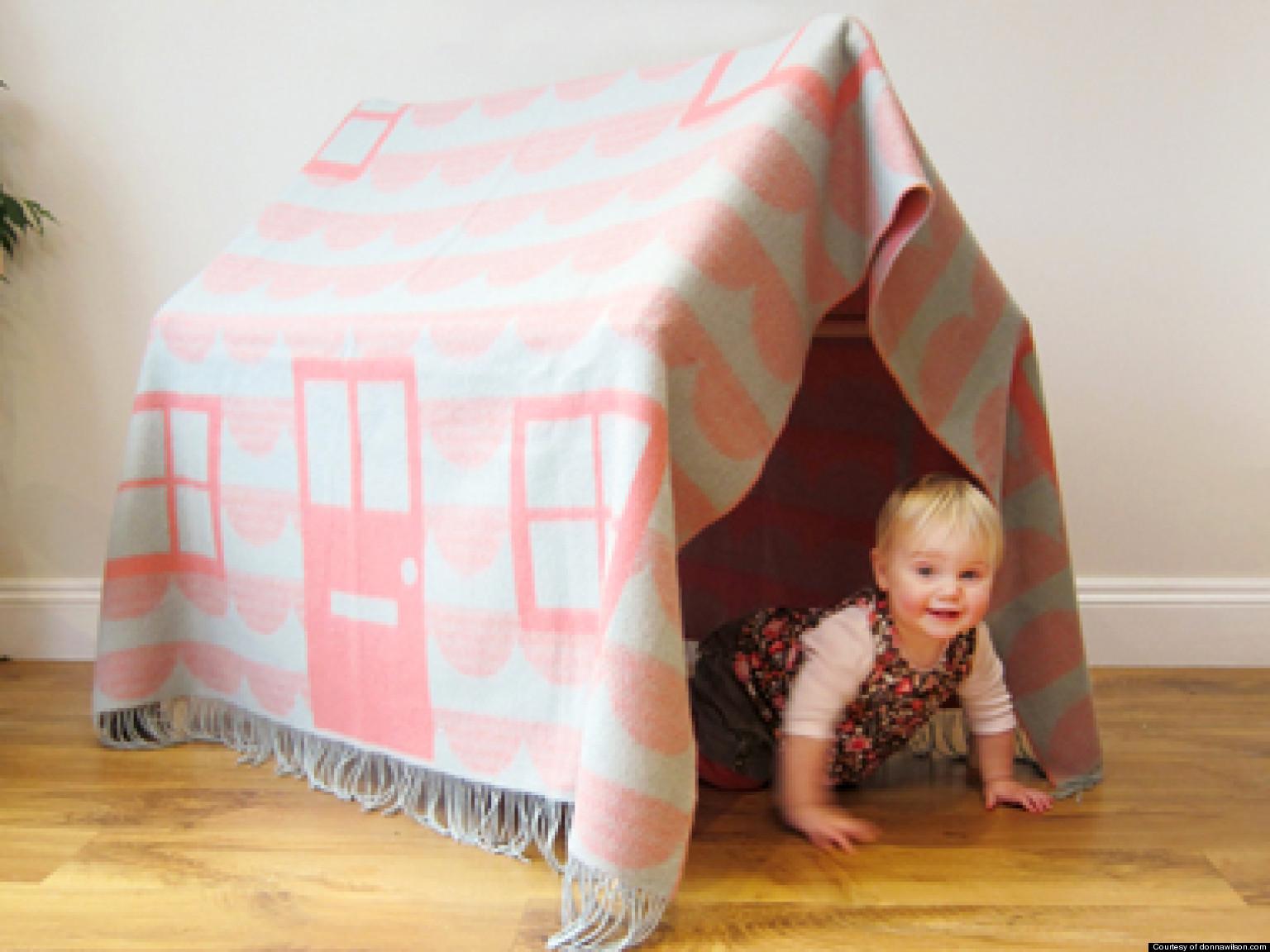 Как сделать большой домик из подушек и одеял
