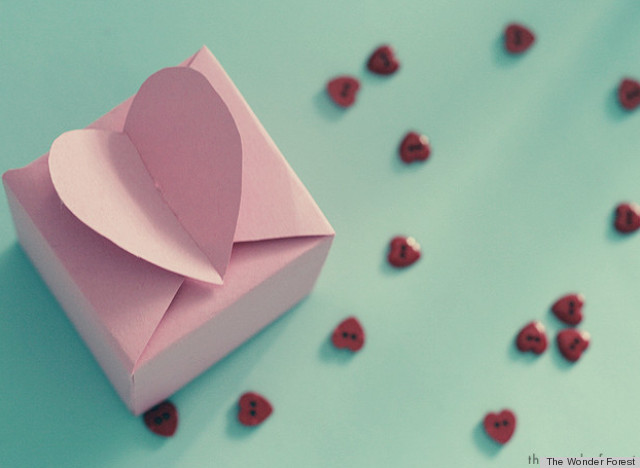 Valentine S Day Ideas Craft These Lovely Favor Boxes Huffpost Life