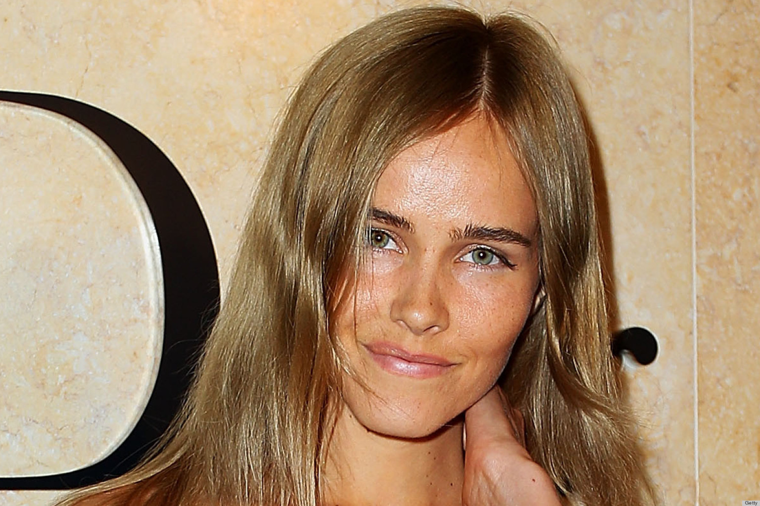 Isabel Lucas Attempts ...