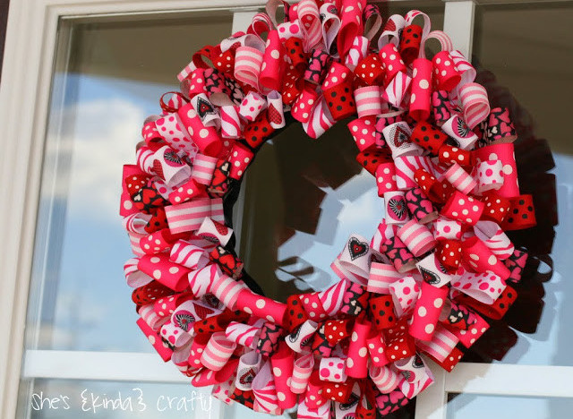Valentine S Day Ideas Charming Ribbon Wreaths To Adorn Your Door