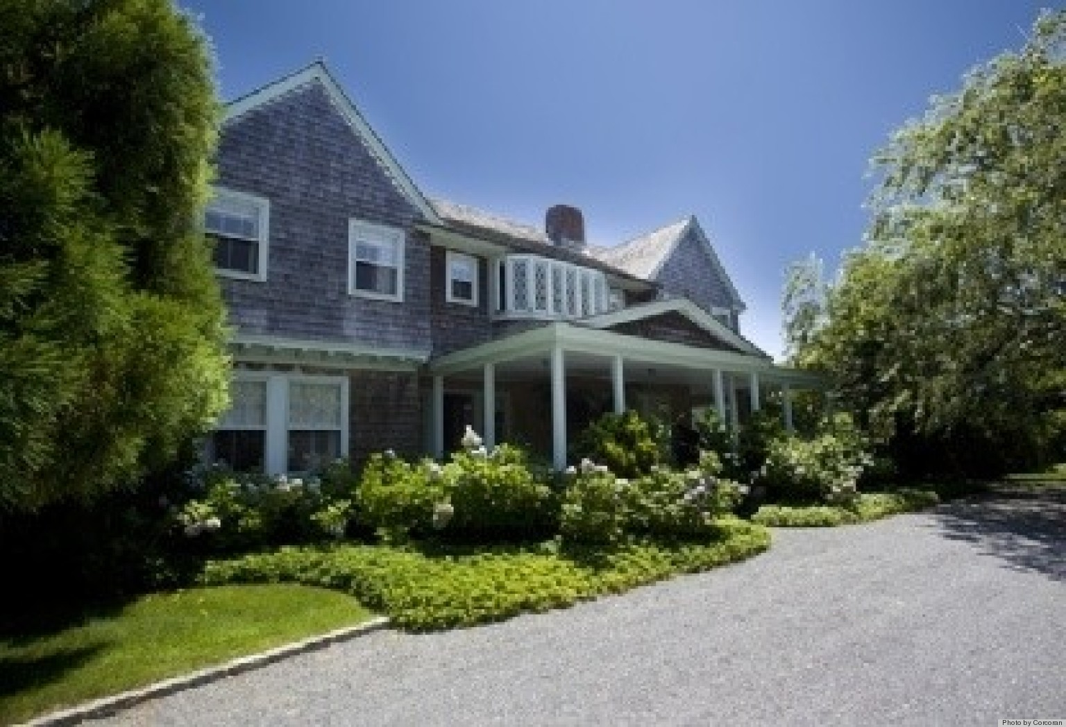 Yes The Legendary 39 Grey Gardens 39 Estate Is For Rent This Summer Photos Huffpost