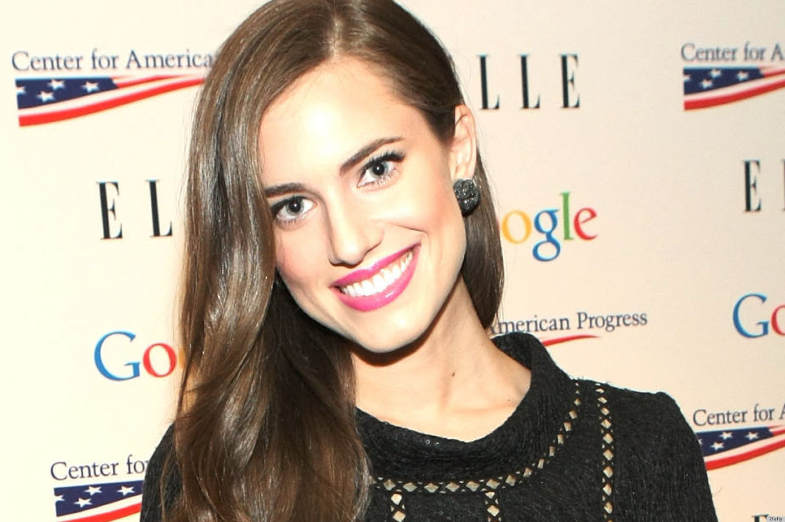 Allison Williams Is The New Face Of Simple Skincare Probably Because ...