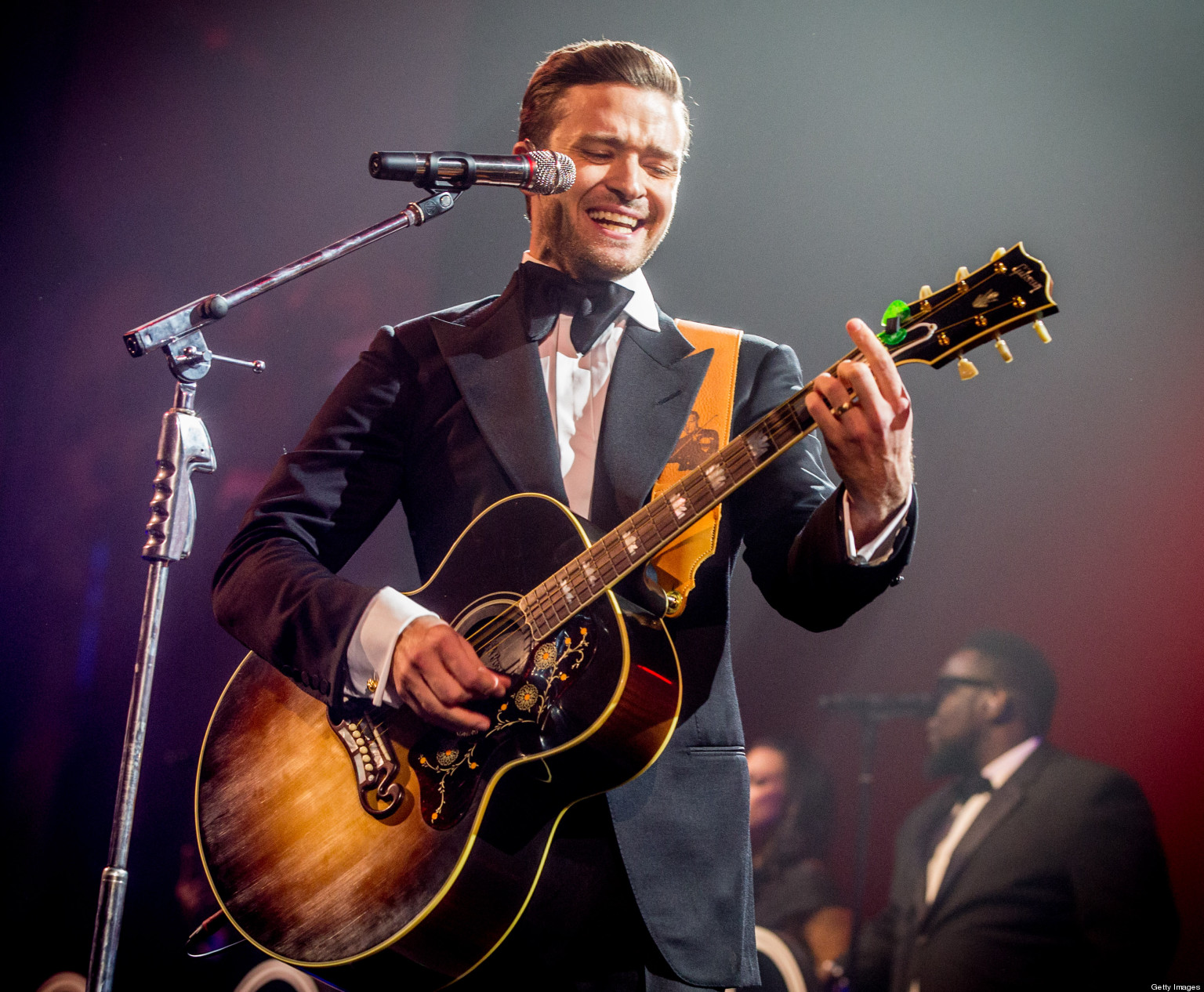 a biography of justin timberlake a singer Biography of the handsome sexy back singer justin timberlake and his family.