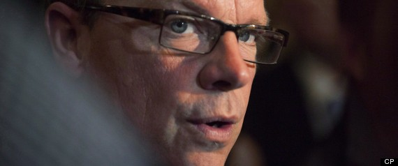 BRAD WALL QUEBEC DISTRACTION