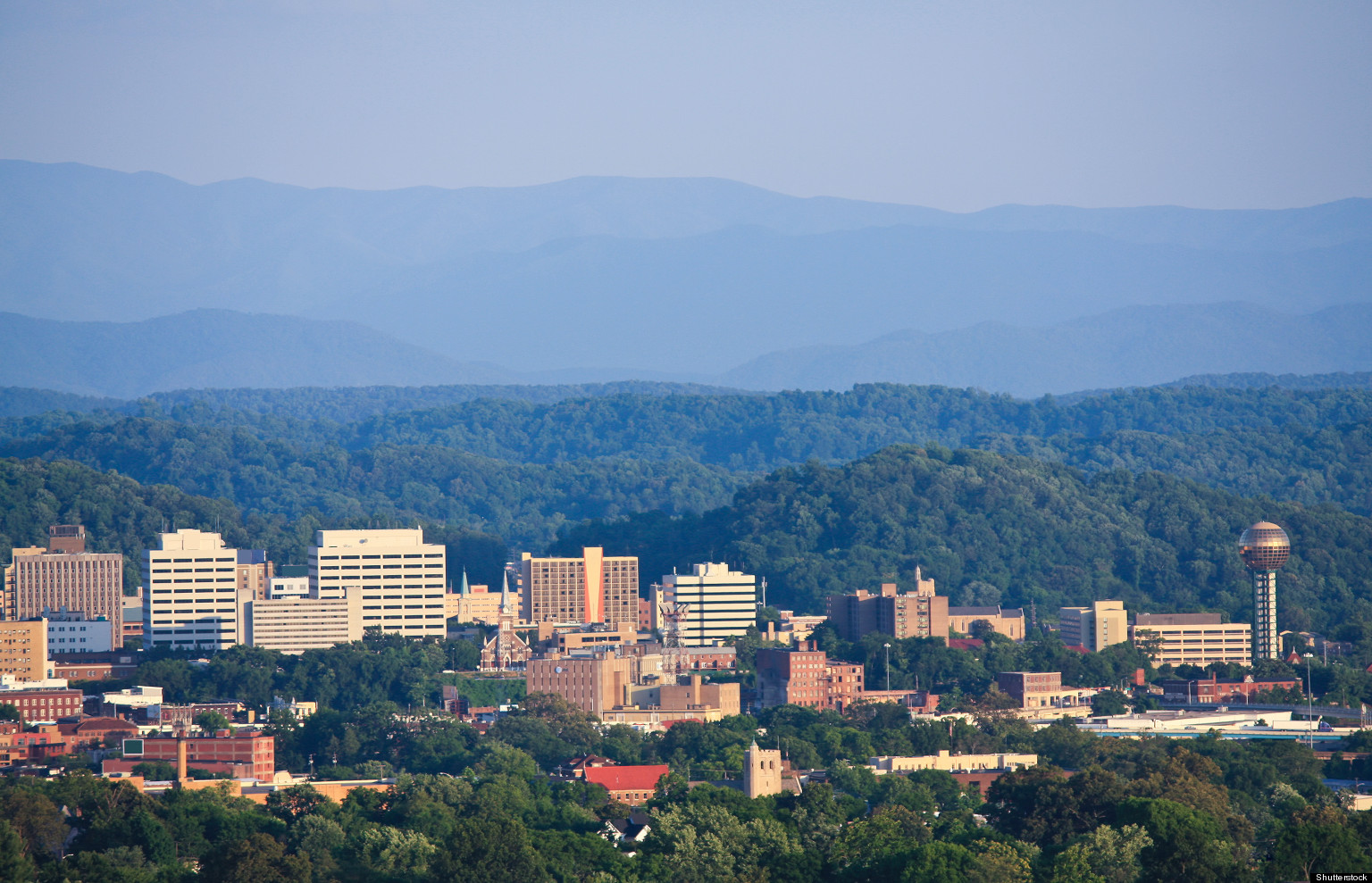 Knoxville tn is america 39 s most romantic city according to for Small towns in tennessee near knoxville