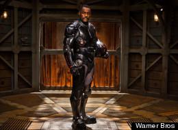 PICTURES: Idris Elba Stars In 'Pacific Rim'