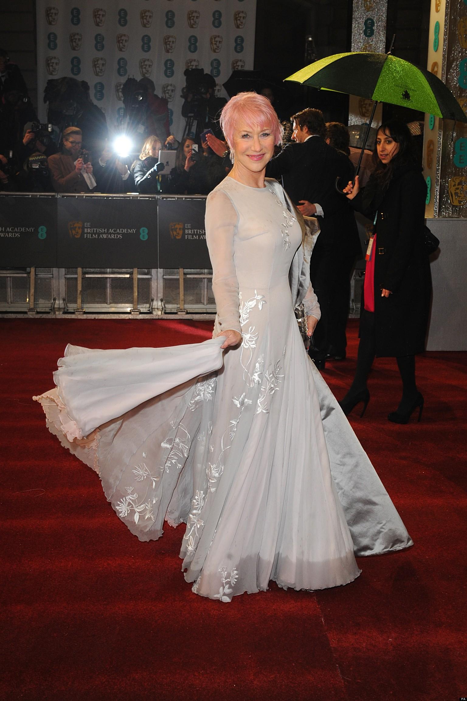 Baftas 2013 Helen Mirren Debuts Pink Hair On Red Carpet