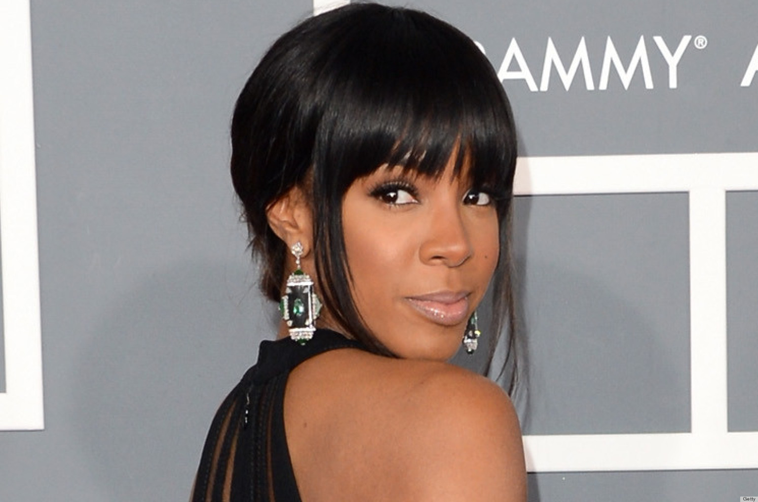 Kelly Rowland's Grammys Dress 2013 Pushes The Dress Code Limits ...