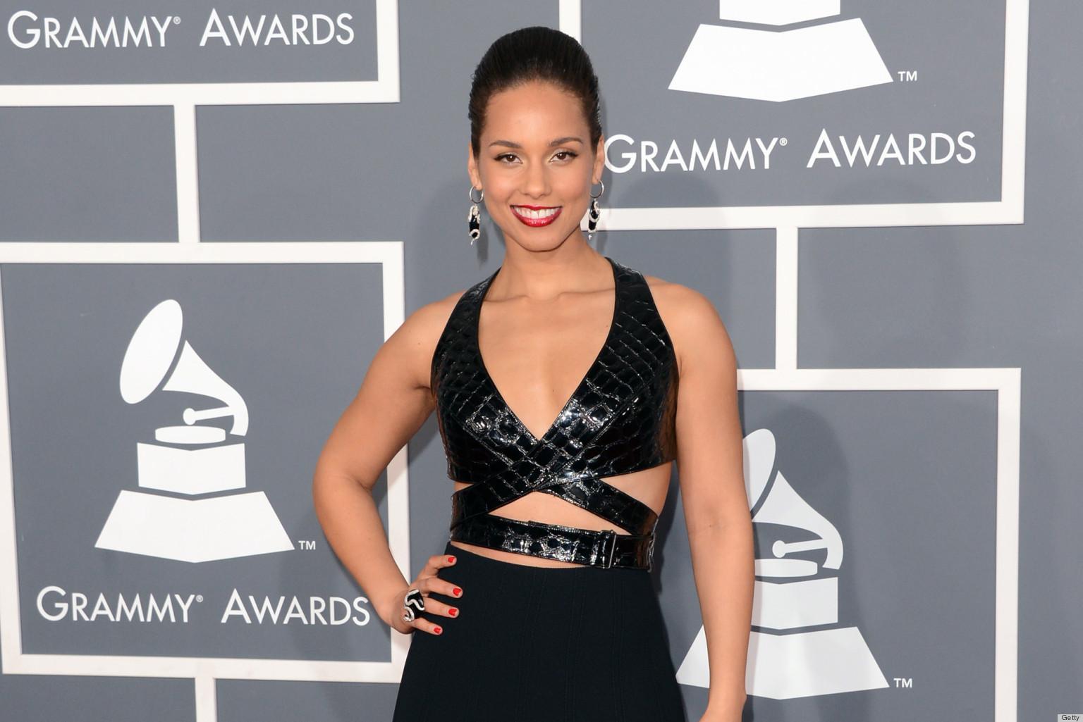 ALICIA-KEYS-GRAMMYS-DRESS-2013-facebook jpgAlicia Keys Grammy Dress