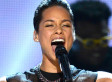 Alicia Keys' Underboob During Grammys 2013 Performance Is A Tad Distracting (PHOTOS)