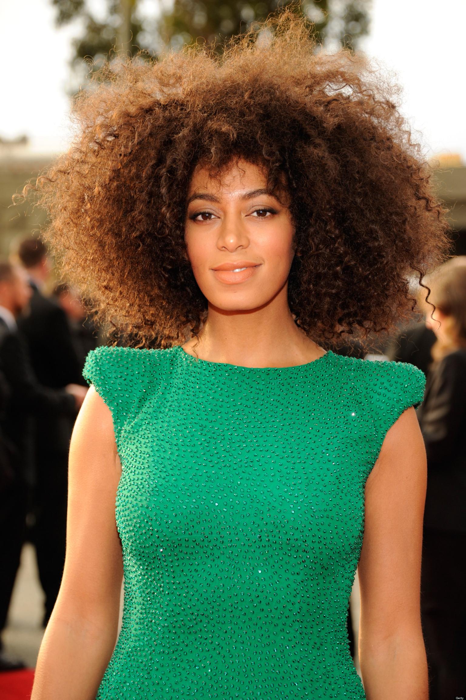 Solange Knowles Grammys Dress 2013 Singer Wears High Slit