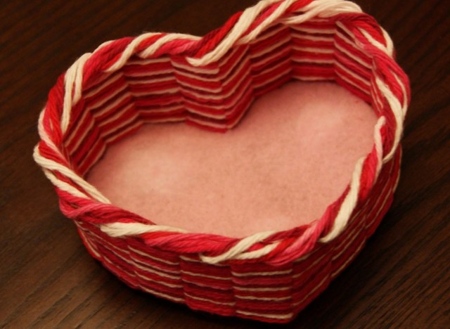 Valentine 39 S Day Craft Make A Heart Shaped Yarn Basket To