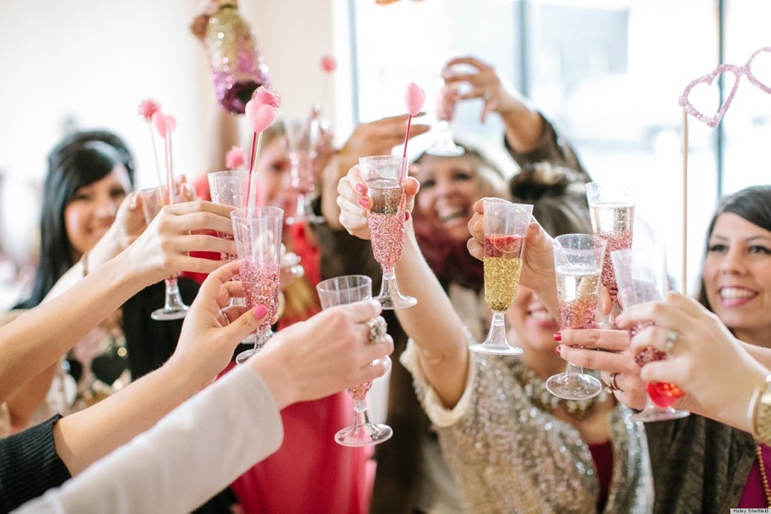 Valentine's Day Ideas: Throw A Glitter-Inspired Party For Your ...