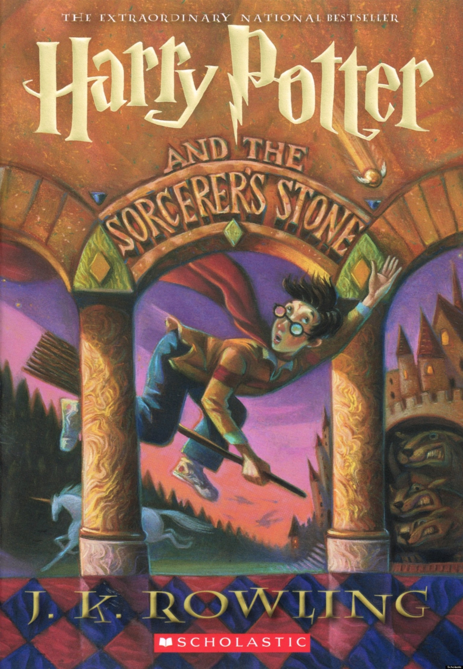 Harry Potter Book Cover : Scholastic reveals new book cover for harry potter and