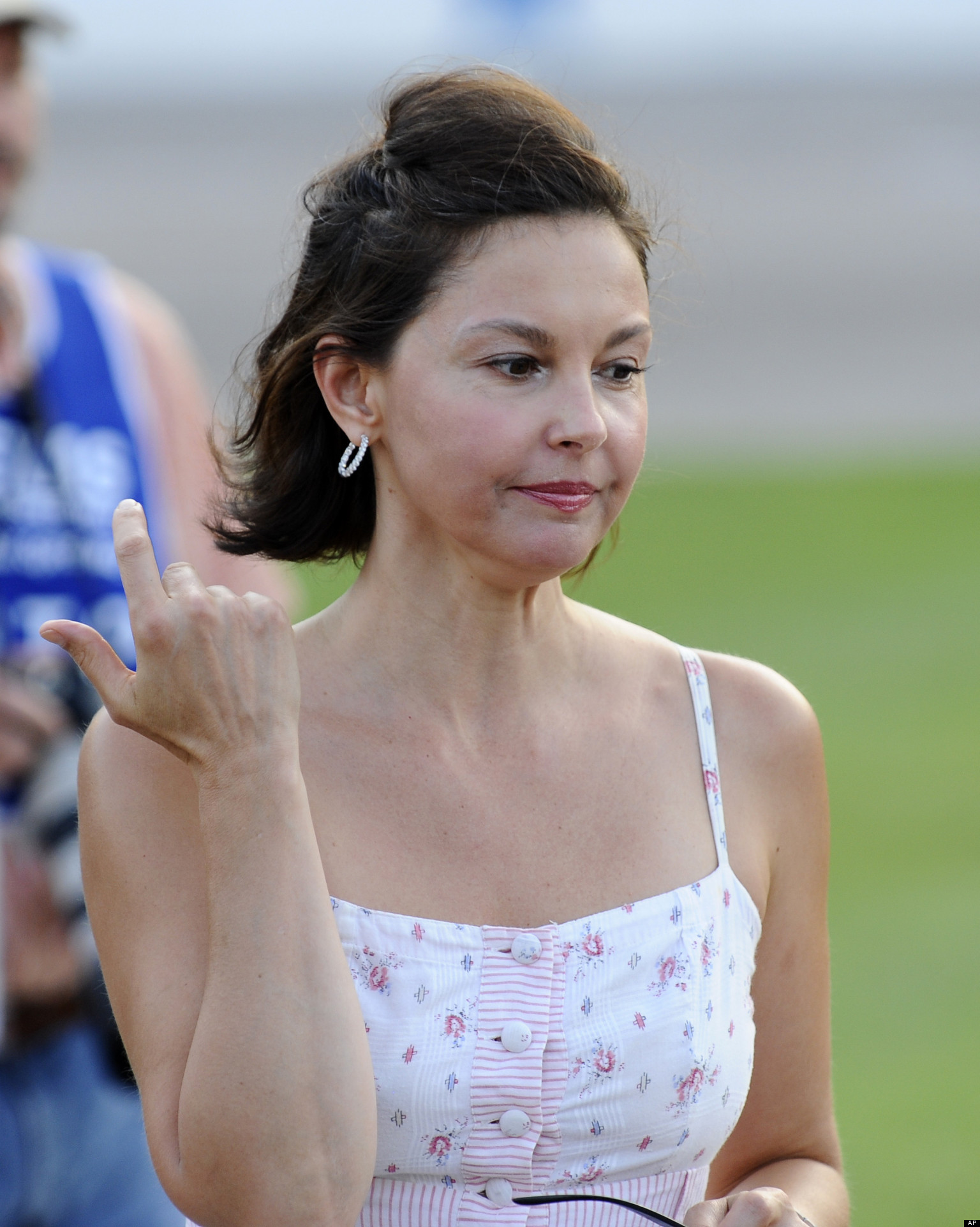 Ashley Judd 9 Points Behind Mitch McConnell: Poll | HuffPost