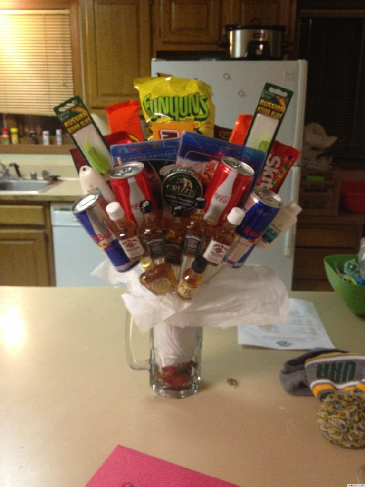 Last Minute Valentine's Day Gift For Boyfriend Called 'Bro-Quet ...