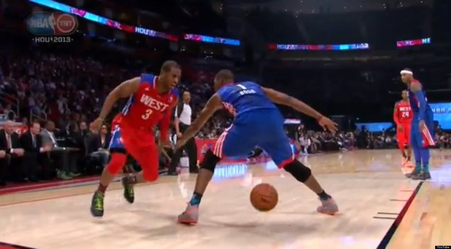 chris bosh faked out by chris paul tony parker with same