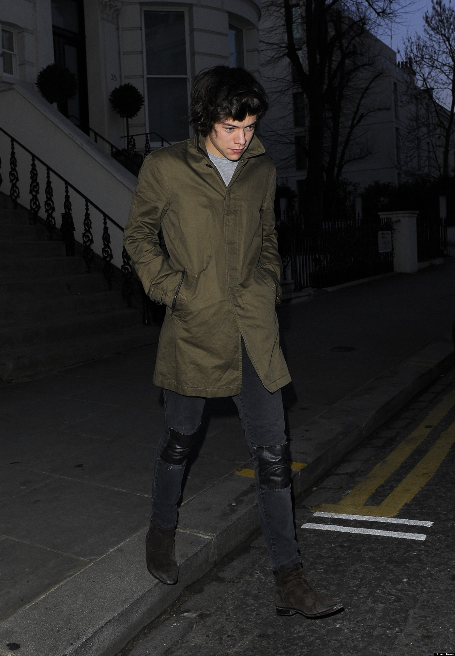 Harry styles walking tumblr